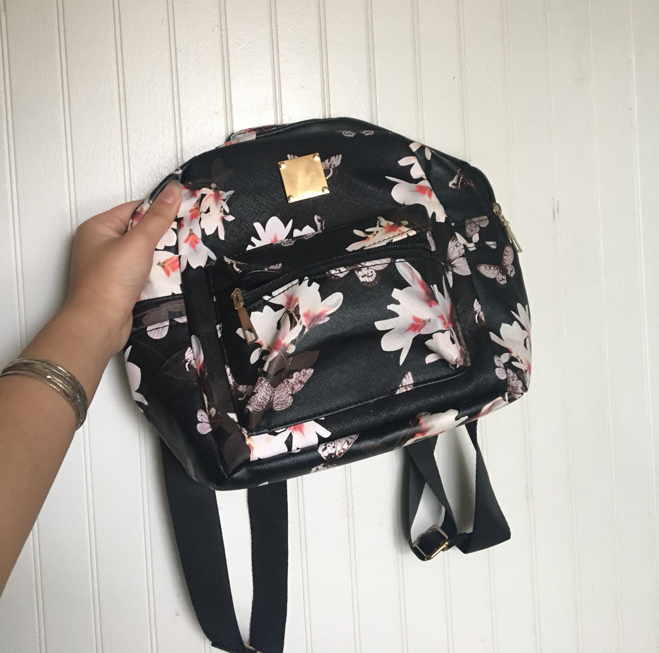 Floral mini backpack/bag Good condition Very roomy    - Depop