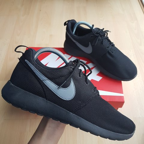95944f34a805 Reserved! Black with grey tick Nike Roshe Run One! UK for in - Depop
