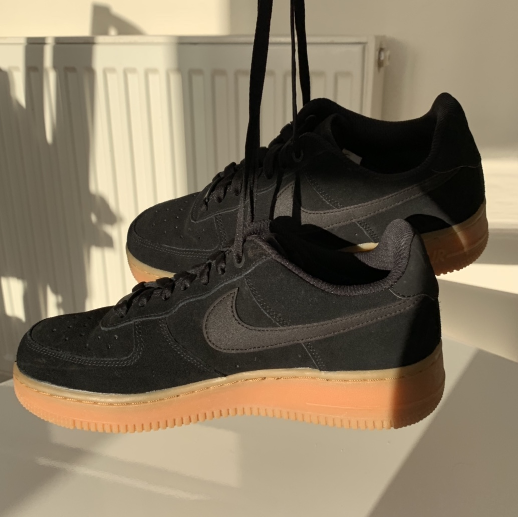 Nike Womens Air Force 1 Low '07 SE Trainer | Black Black