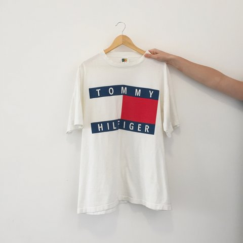 Super Cute Tommy Hilfiger T Shirt Vintage Washed Out Look In A XL Size Looks Great Worn As An Oversized Dress Amazing Quality Like Its Real