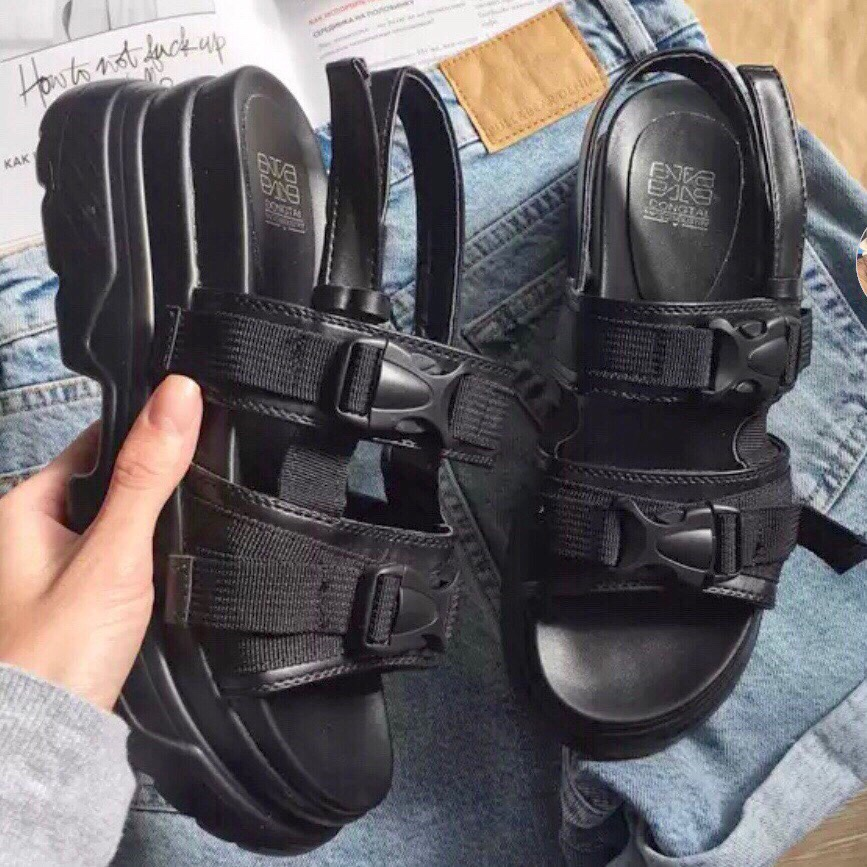 Chunky Platform Sandals Goin' Retro 😎😎 Take It Back by Depop