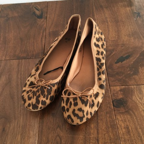 d765ba934 @risdonha. last year. Trowbridge, United Kingdom. Beautiful H&M Leopard  Print Ballet Pumps.