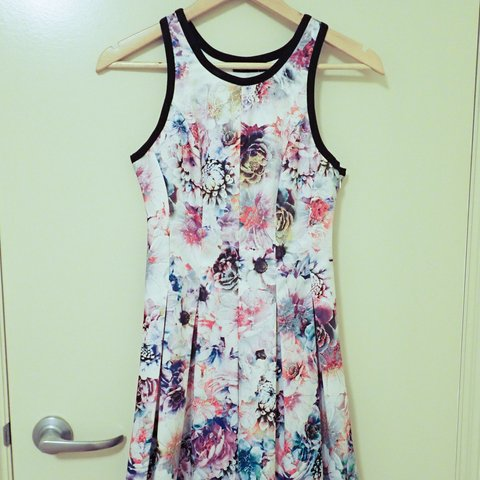 f4b18fcad8d0 Tokito cocktail style floral dress, worn only once for an so - Depop
