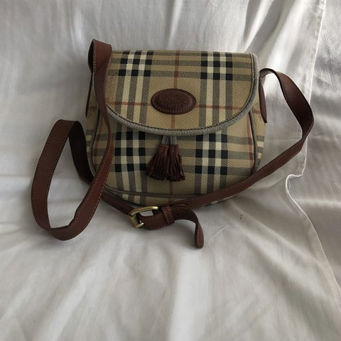 Burberry Vintage Canvas Crossbody Bag with Leather Handles 5 - Depop b73b133eaa5d2