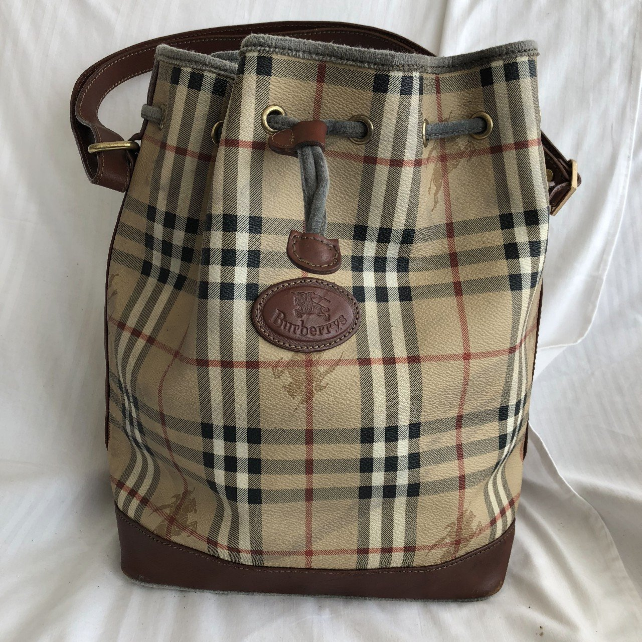 Burberry Vintage Canvas Shoulder Cabas with Leather in bag - Depop cc0f6df8d15b4