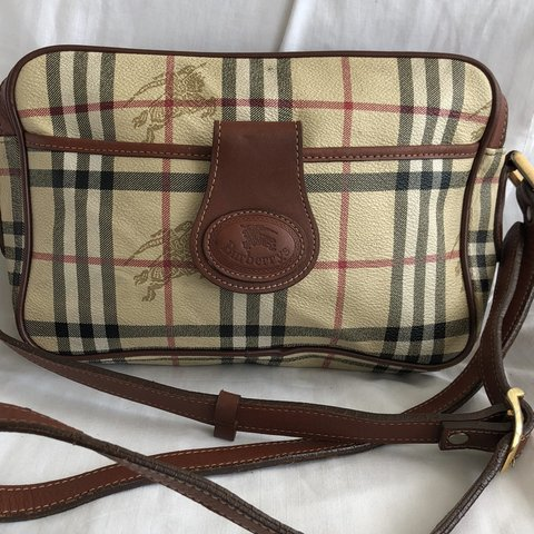 Burberry Vintage Canvas Crossbody Bag with Leather Handles 8 - Depop 5f58392913397