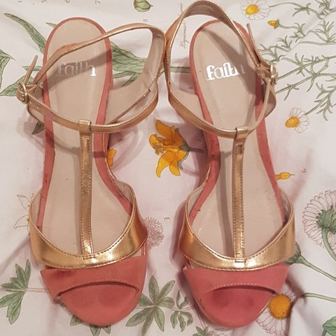 4305a03ac74 Faith size 5 wedge high heels. Coral pink with rose gold and - Depop