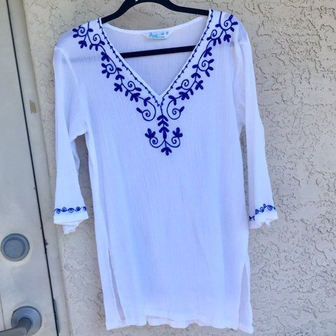 472c9157e6 @pure_bageliciousness. 3 months ago. Saint Petersburg, United States. White  beach coverup with blue embroidery. Perfect condition ...