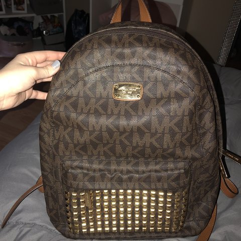 8adcfc0b9948 @lknis7277. 4 months ago. Catawba, United States. Brown Michael Kors bookbag.  I've had this for a couple years ...