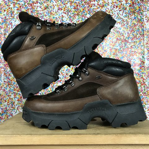 4811fa226ea8 VTG vintage 90 s SKECHERS chunky jammer boots in a rare and - Depop