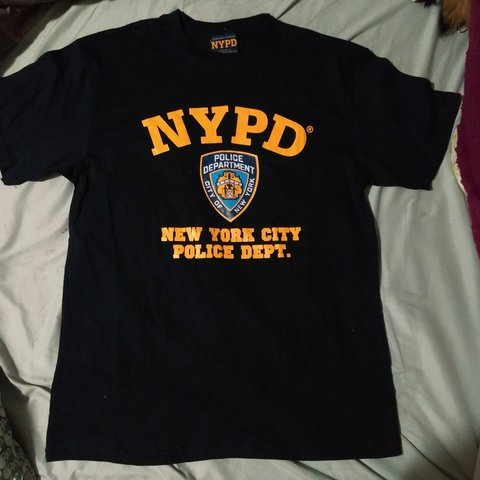 cafa05122 @closetcyn. 5 months ago. Canada, CA. Officially licensed NYPD shirt size  ...