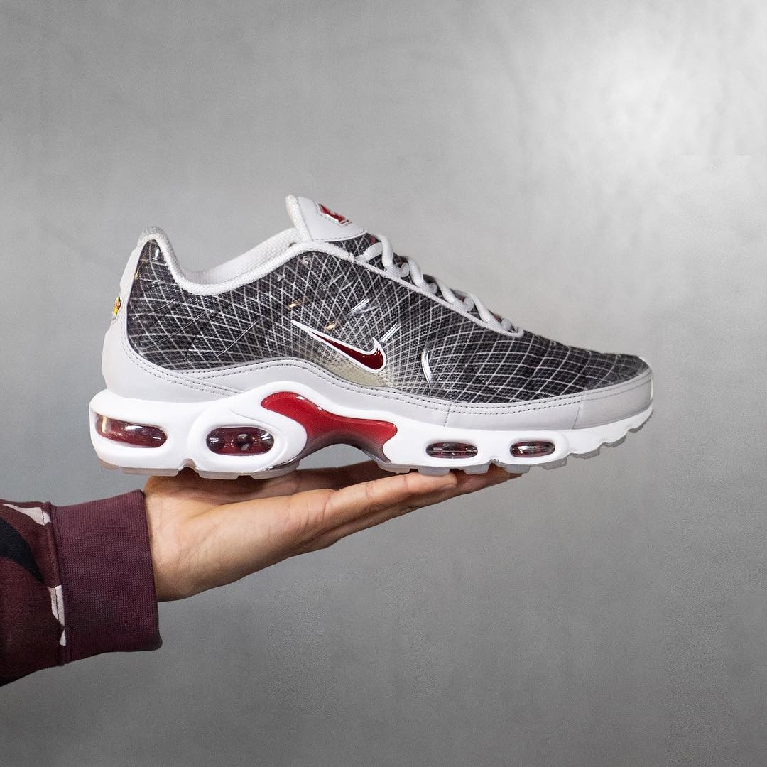 new product 27d89 8960b Nike Air Max Plus OG, UK 9, Brand new in box• Not... - Depop