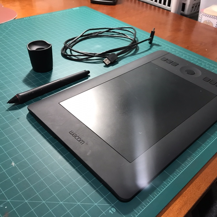 WACOM INTUOS pro, small pen tablet  Used, but in    - Depop