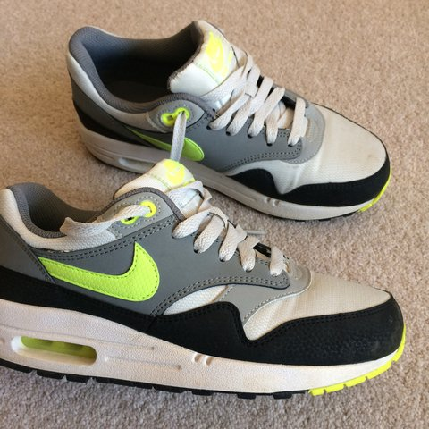 3c4e793093c90 Nike Air Max 1 // UK 5 // condition: 8/10 // doesn't come 5 - Depop