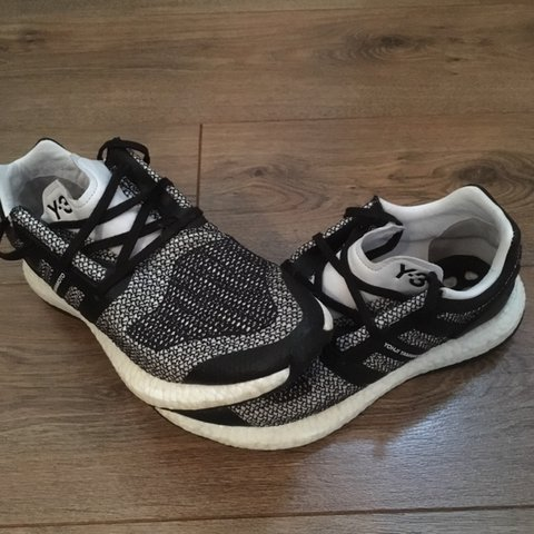 001654231a046 Y-3 Pure Boost Trainers black white. Very good condition as - Depop