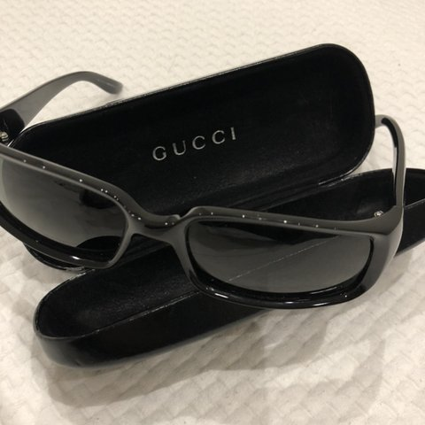 5c682764973d5 GUCCI acetate sunglasses in black. Rarely worn and in good - Depop
