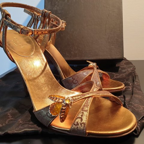 d11f15196 GUCCI sandals with golden bee 🐝 beautiful brand new , used - Depop