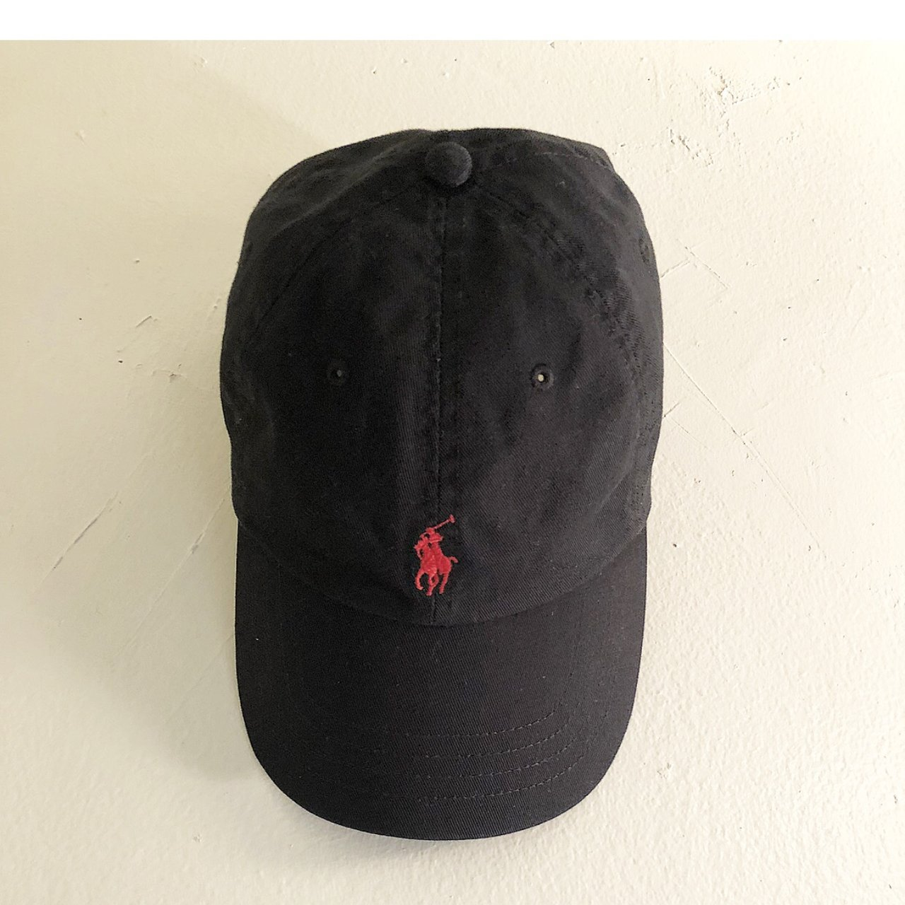 Black Polo hat (Never worn)  Polo  Hat - Depop 3a1ef170c7e