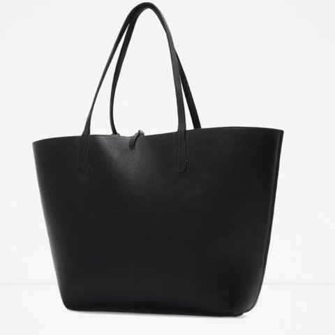 c7292350e92 @np26. 3 years ago. London, UK. Zara reversible tote bag. Brand new with  tags.