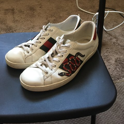 0f2ffbdd32d4 AUTHENTIC GUCCI SHOES MADE IN ITALY 7 10 condition PAID OVER - Depop