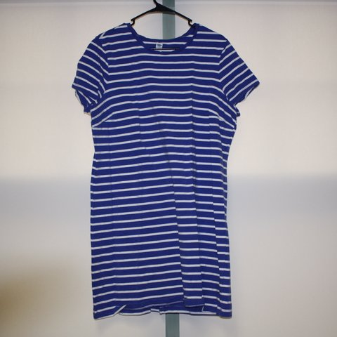 e9d52f78ced7 @rorororourboat. 16 days ago. Kingston, United States. Old Navy T-shirt  blue and white striped ...