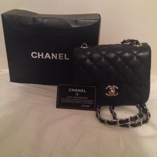 0be78741c23f @princesspepa. 5 years ago. London, UK. Black Chanel mini coco flap bag ...