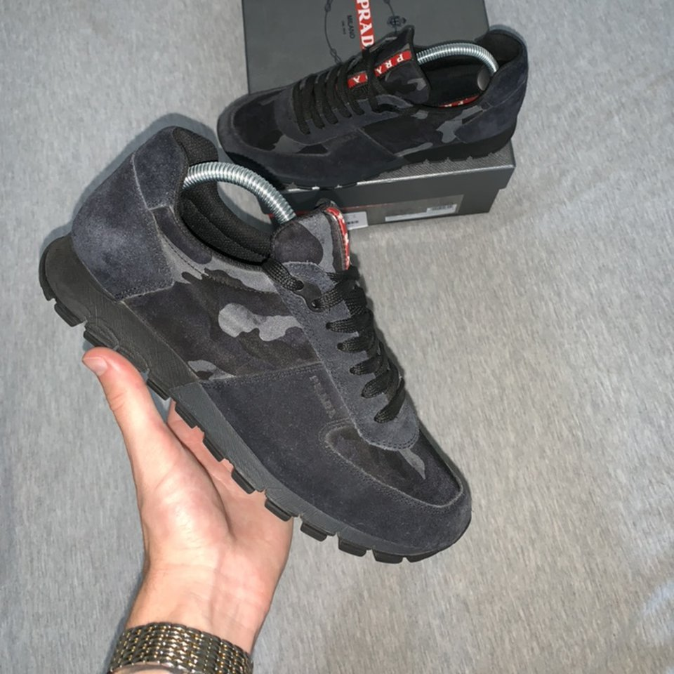 Navy camo Prada runners REDUCED ! Fit a