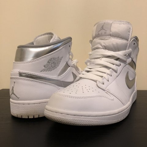 "17edd3aa471 Jordan 1 ""Pure Money"" Size: 10.5 Beautiful condition. No and - Depop"