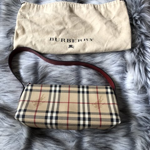 0f103f9bbaca Perfect condition vintage Burberry bag