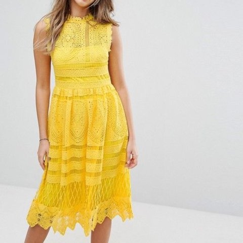 9fa1c3f92f44d5 Boohoo Yellow Lace Midi Skater Dress UK Size 12 Never Been - Depop