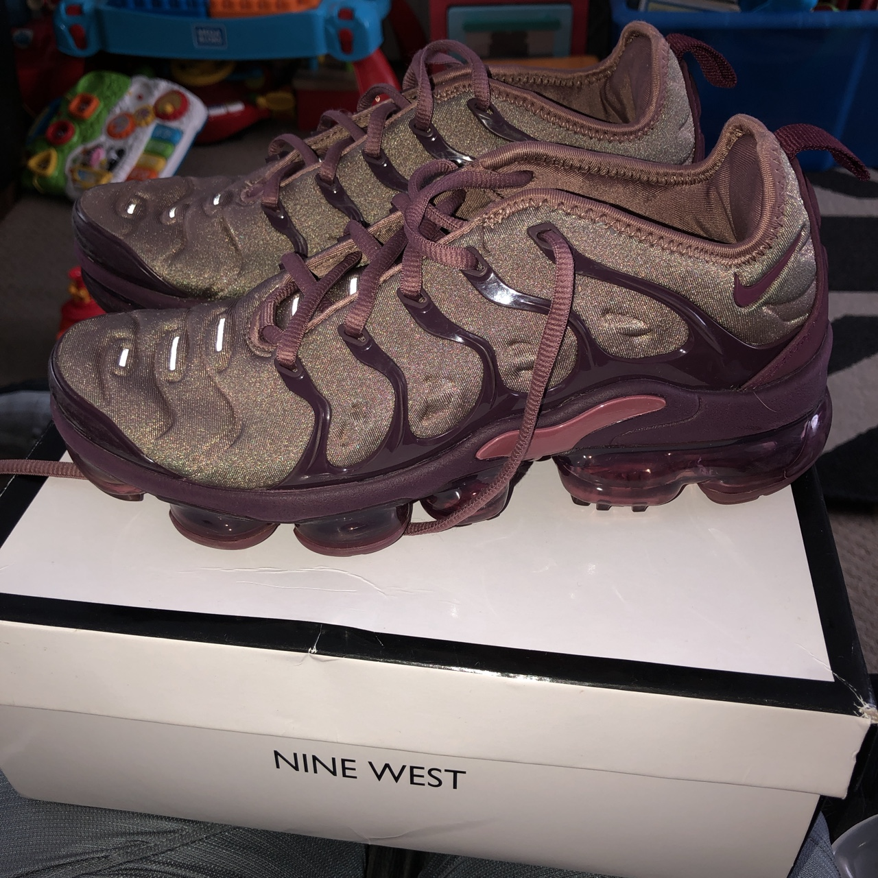 watch 7de09 0248c Nike air vapormax plus in smokey mauve - great... - Depop