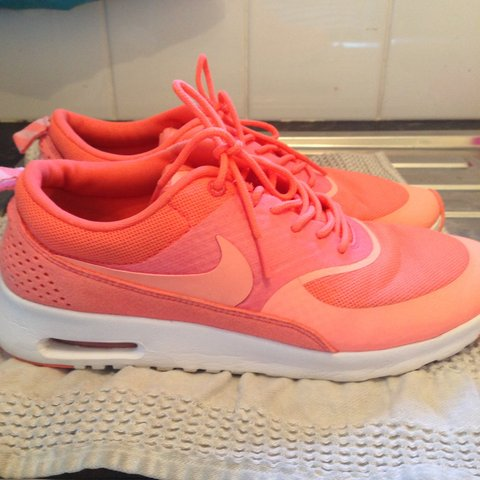 brand new 66af4 8c02f ellelawro. 4 years ago. Frankby, United Kingdom. NIKE AIR MAX THEA IN  GORGEOUS CORAL ...