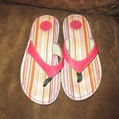 9e16aa50b Red Leather Privo Comfort Flip Flops are a size 10M and have - Depop
