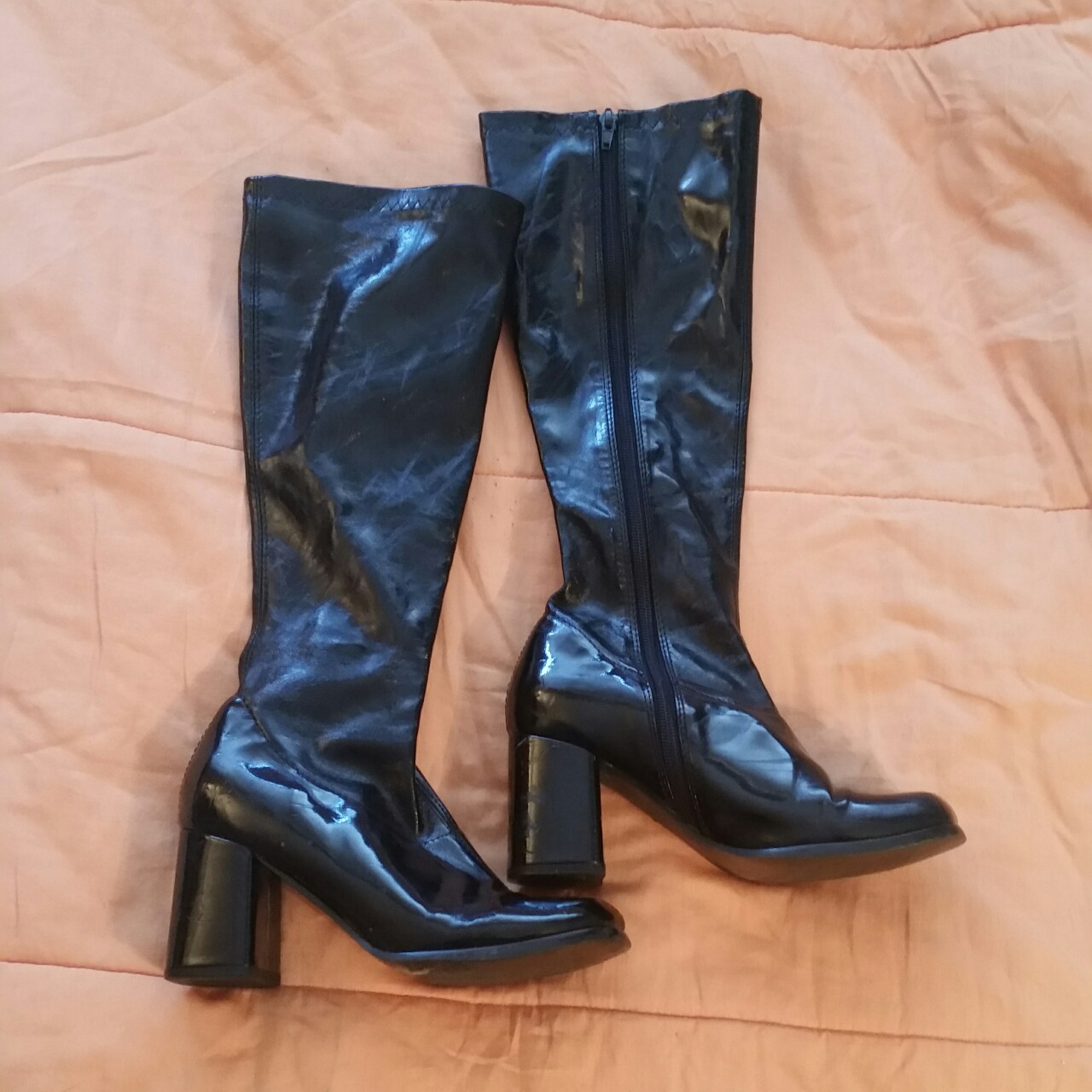 Black patent leather gogo boots SALE