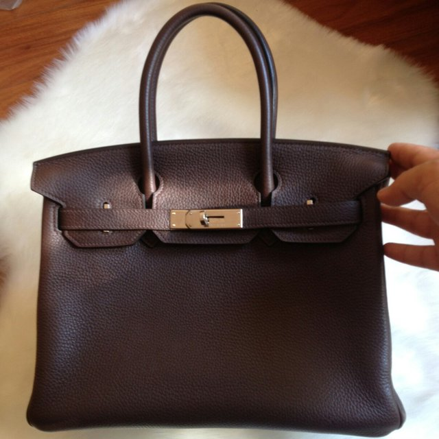 aaa451722f8 Hermes Birkin 30 Chocolate Togo  O SHW Conditions   95 % but - Depop