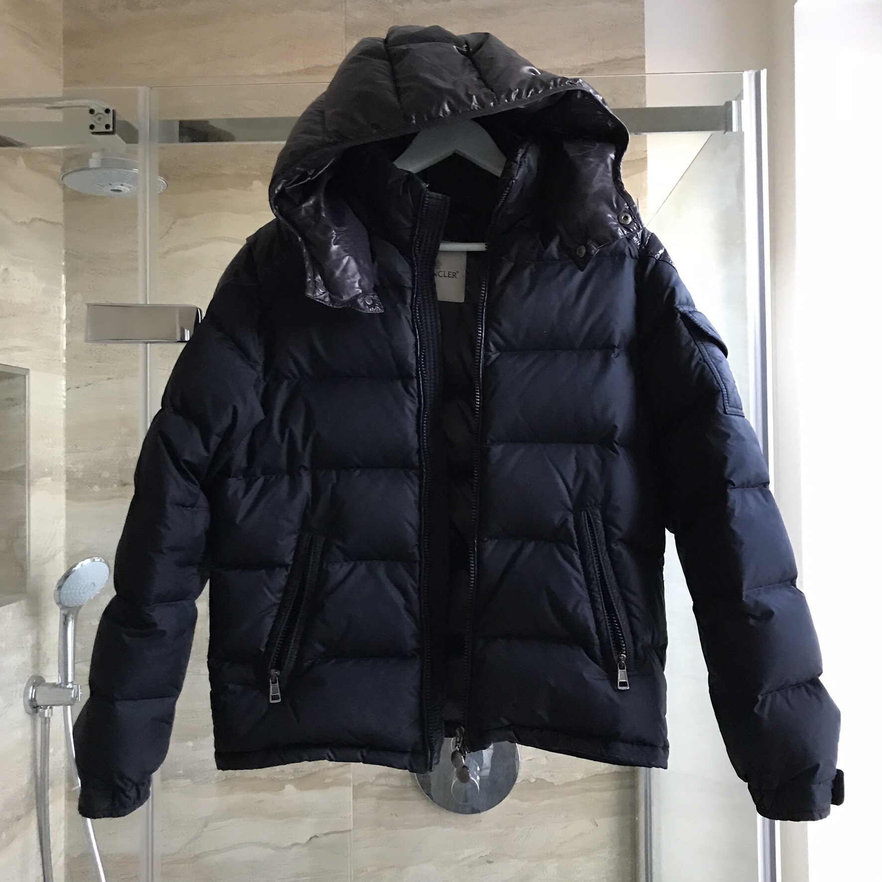 18a56fe91 SOLD! Authentic Moncler Navy chevalier puffer... - Depop