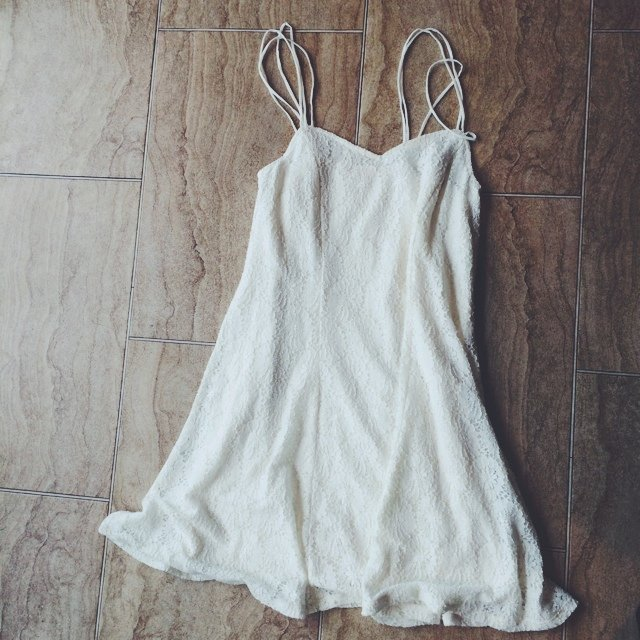 1f2c7b4e332 Lace white sun dress from pins and needles at urban with h m - Depop