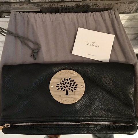d581cbbeeb3f Genuine Mulberry Daria black leather clutch bag with gold in - Depop
