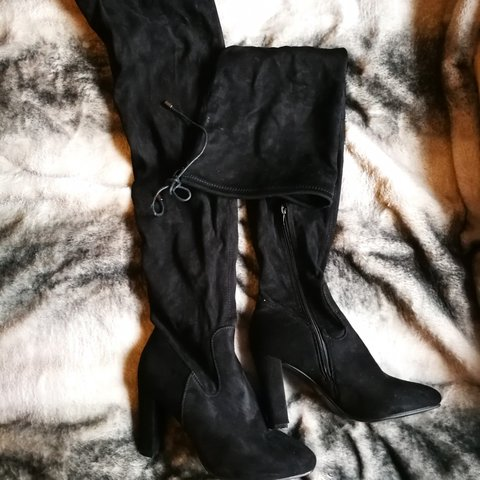 2ad2ddc0a3f Black thigh boots heels extra long (for girls with longer to - Depop