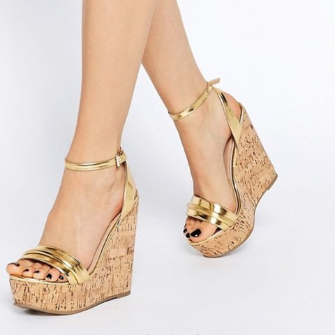 5d237d97328 ASOS Time Flies gold wedges heels sandals size 6 as seen on - Depop