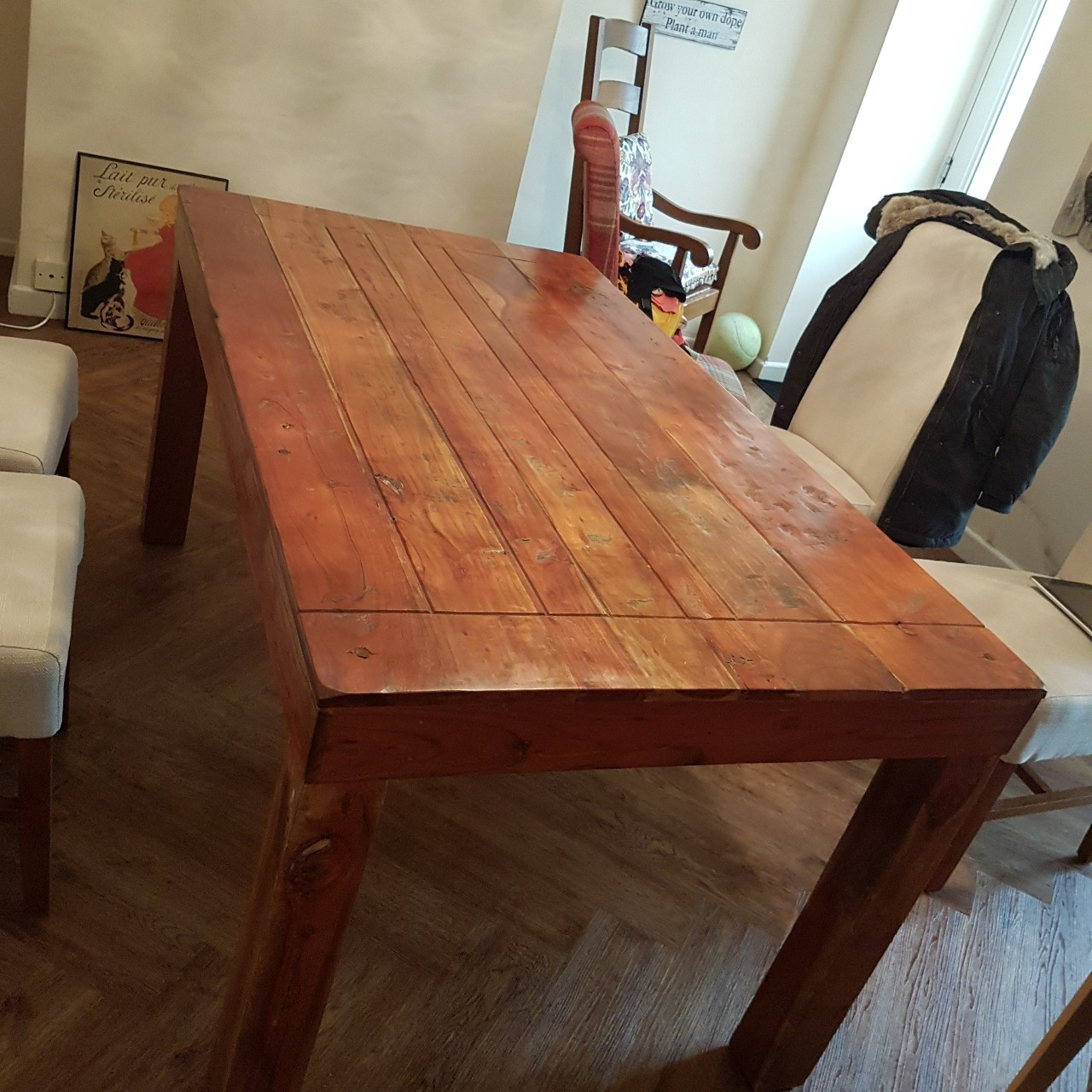 Rosewood dining table 5ft 5 long 3ft wide 2ft 8 - Depop
