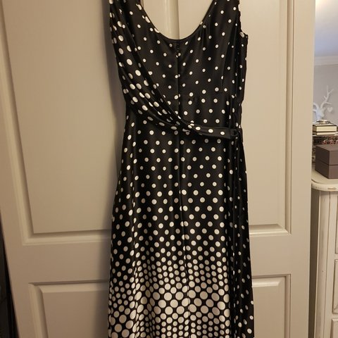 8536aac426 @kelliewinks. last month. Braintree, Essex, United Kingdom. Ted Baker silk  dress excellent condition. Worn few times ...