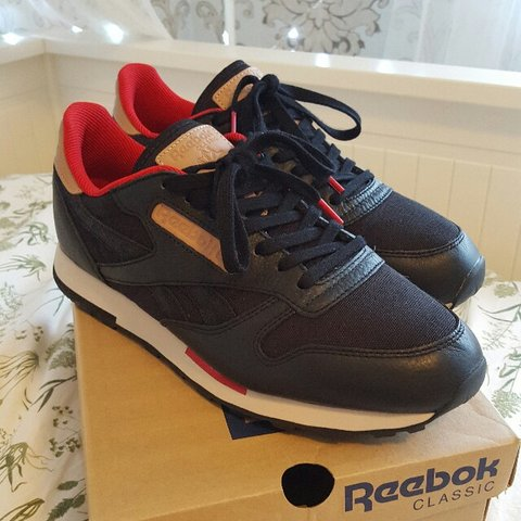on sale 6e0f2 5cbb0  sophjaya. 3 years ago. Methley, Leeds, West Yorkshire LS26 9BS, UK. Reebok  classic leather utility, black with red ...