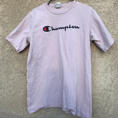 08343d4099e4 @emilyperrone1. 7 months ago. Albuquerque, United States. Light pink  champion t-shirt.