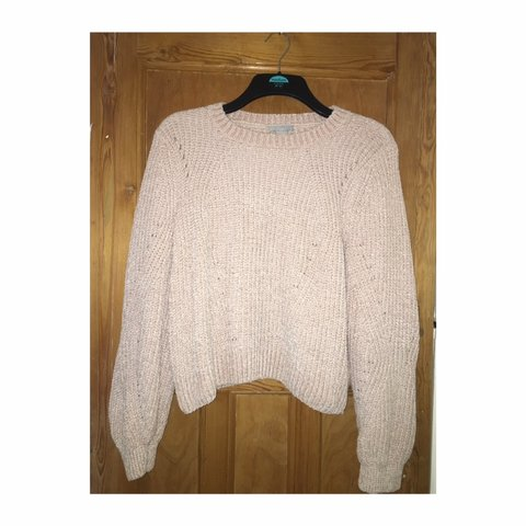 ab7a168722b H M woolly jumper really soft🧶👘 size M worn once  jumper - Depop