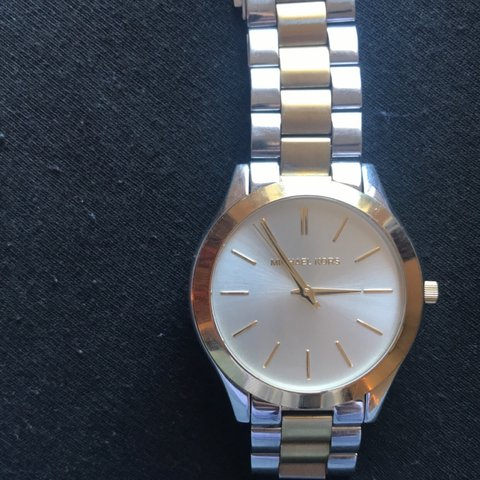 551f8a69e863 Barely used men s Michael Kors watch! Got it for my brother - Depop