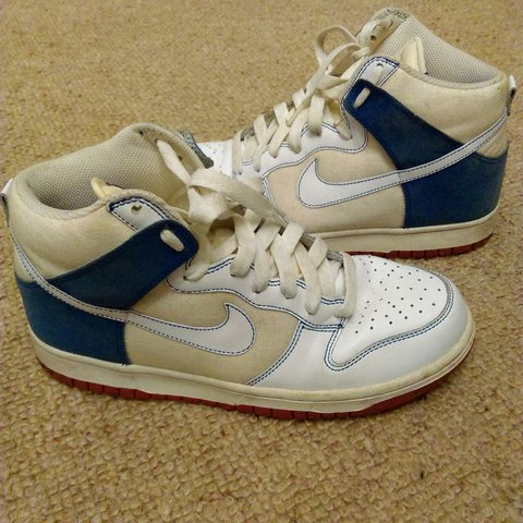 053a7341a68667 Nike old school high tops. Great condition
