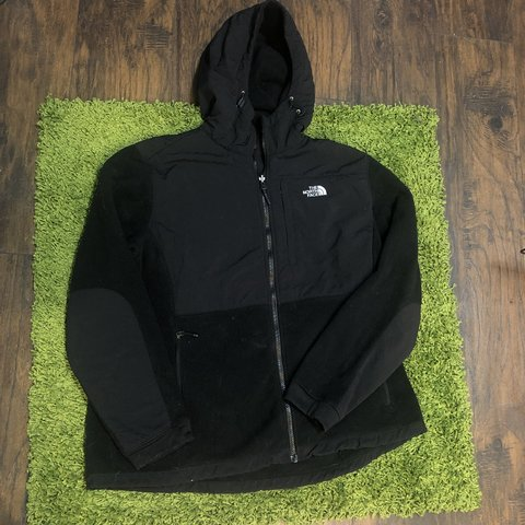 a14b80ac671f1 The North Face Black Hooded Fleede Women s Size XXL fits XL - Depop