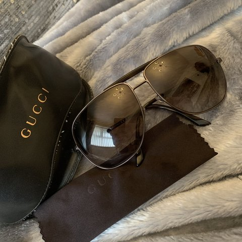 954467041964b Authentic Gucci Aviator Sunglasses Worn once - Excellent NO - Depop