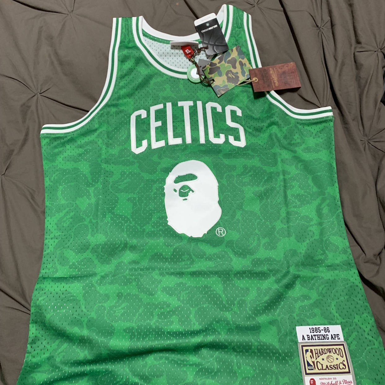 new style 8d2cd d6e1d BAPE x Mitchell and Ness Boston Celtics Jersey XL - Depop